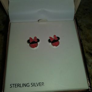 Sterling silver Minnie Mouse earnings